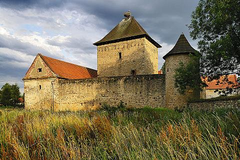 Tvrz v Kestřanech, zdroj: Libor Sváček archiv Vydavatelství MCU