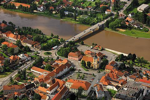 Tábor - letecký záběr na historické centrum města, foto: Archiv Vydavatelství MCU s.r.o.